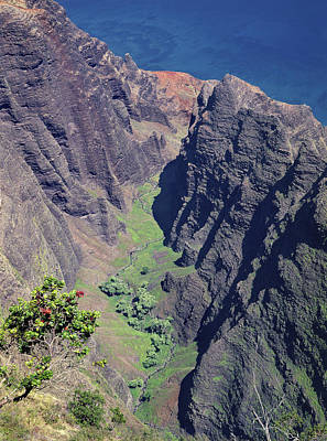 Photograph - 100173 Awaawapuhi Vally Na Pali Coast by Ed Cooper Photography