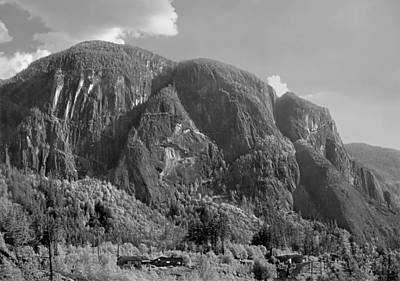 Photograph - 102980 Northern Flanks Stawamus Chief by Ed Cooper Photography