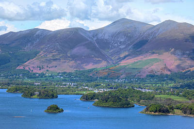 Berge Photograph - Derwentwater - Lake District by Joana Kruse
