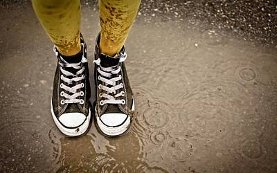 Converse Shoe Digital Art - 110035 Ripples Rain Shoes Puddle Converse by Anne Pool
