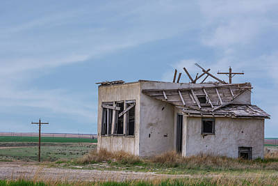 Photograph - 11047 Abandoned In Kansas by Pamela Williams