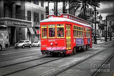 Photograph - 1341 New Orleans Trolley by Steve Sturgill