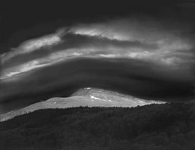 Photograph - 135765 Mt. Washington Lenticular Cloud Nh by Ed Cooper Photography