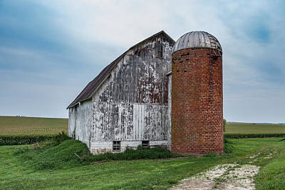 Photograph - Barn by Dan Traun