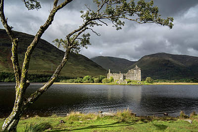 Photograph - Kilchurn Castle, Scotland by Arterra Picture Library