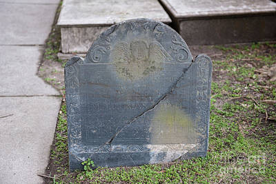 Photograph - 1714 Tombstone by Dale Powell