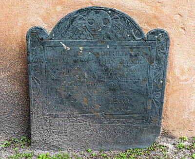 Photograph - 1737 Tombstone by Dale Powell