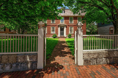 Photograph - 1762 Colonial Derby House  -  1762derbyhousesalem185080 by Frank J Benz