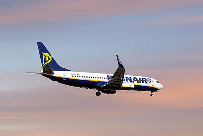 Mixed Media - Ryanair Boeing 737-8as by Smart Aviation