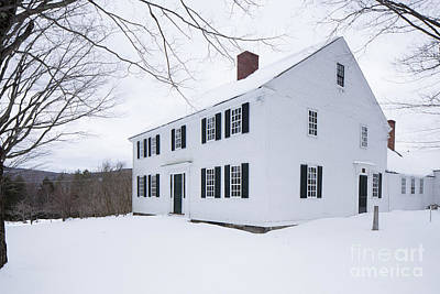 Photograph - 1800 White Colonial Home by Edward Fielding