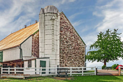 Photograph - 1803 Amish Stone Barn  -  1803amishstonebarn172790 by Frank J Benz