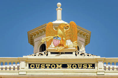 Photograph - 1819 Custom House Roof Detail  -  1819customhouseeagledetail185035 by Frank J Benz
