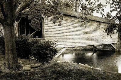 Photograph - 1832 Covered Bridge  -  1832coveredbridgeblkwhitone171066 by Frank J Benz