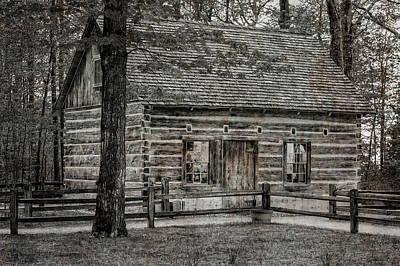 Photograph - 1854 Hessler Log Cabin  -  Hesslerlogcabinblkwhi171431 by Frank J Benz