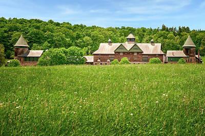 Photograph - 1890 New England Country Barn  -  1890vtcountryfarmbarn185615 by Frank J Benz