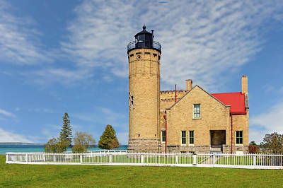 Photograph - 1890 Old Mackinac Point Light  -  Mackinacpointlight171185 by Frank J Benz
