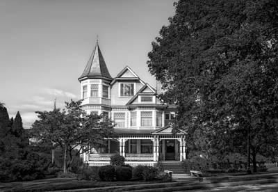 Photograph - 1902 L.h. Brightman House - 2 by Frank J Benz