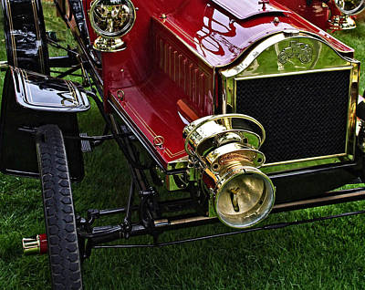 Photograph - 1904 Olds Two Seater Runabout by Thom Zehrfeld