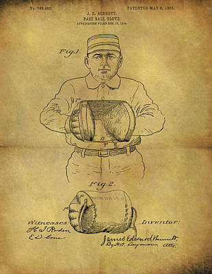 Baseball Glove Drawing - 1905 Baseball Glove Patent by Dan Sproul