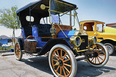 Photograph - 1911 Ford Model T by Bill Dutting