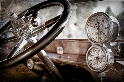 Art Print featuring the photograph 1914 Rolls-royce 40 50 Silver Ghost Landaulette Steering Wheel -0795ac by Jill Reger