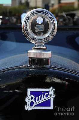 Photograph - 1915 Buick Hood Ornament by Kevin McCarthy