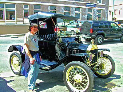 Photograph - 1915 Ford In Friday Harbor On San Juan Island, Washington by Ruth Hager