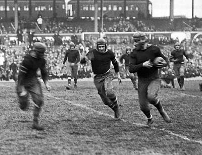 Photograph - 1923 Ny Giants Pro Game by Underwood Archives