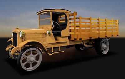 Photograph - 1926 Acme Model 125 5 Ton Truck  -  1926acme5tontruck171937 by Frank J Benz