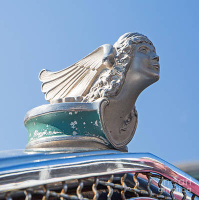 Photograph - 1926 Buick Hood Ornament by Kevin McCarthy