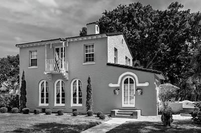 Photograph - 1926 Florida Venetian Style Home - 41  -  1926venetianhomebw120857 by Frank J Benz