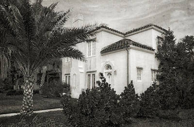 Photograph - 1926 Florida Venetian Style Home - 6 by Frank J Benz