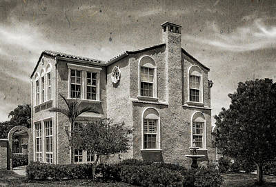 Photograph - 1926 Italian Renaissance Style Home - 45 by Frank J Benz