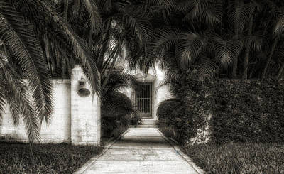 Photograph - 1926 Venetian Style Florida Home Entrance - 3 by Frank J Benz