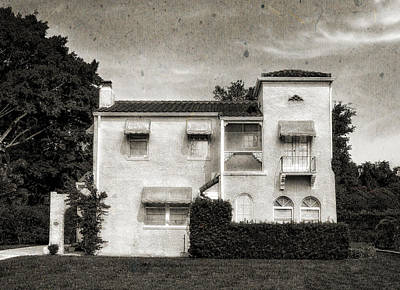 Photograph - 1926 Venetian Style Home - 48 by Frank J Benz