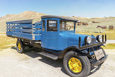 Photograph - 1927 Dodge Graham Truck At The Ghost Town Of Bodie California Ds4425 by Wingsdomain Art and Photography