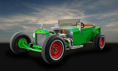 Photograph - 1927 Ford Model T Roadster by Frank J Benz
