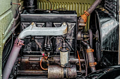 Photograph - 1928 Chevrolet 171 Cubic Inch 4 Cylinder Engine  -  1928cheveng9270 by Frank J Benz