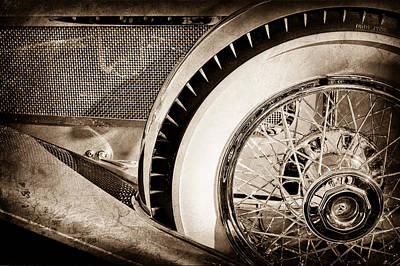 Photograph - 1929 Duesenberg Model J Dual Cowl Phaeton Wheel -0387s by Jill Reger