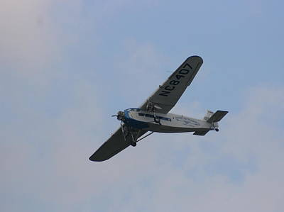 Ford Trimotor Photograph - 1929 Ford Tri Motor Mail Plane Turning by David Dunham