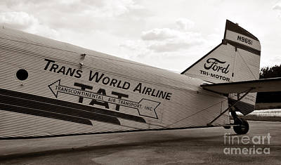Ford Trimotor Photograph - 1929 Ford Trimotor by David Lee Thompson