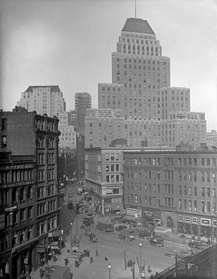 Photograph - 1929 Summer Street In Dock Square Boston by Historic Image