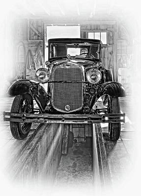 1930 Model T Ford - Vignette Bw Art Print