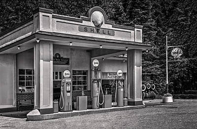 Photograph - 1930s Shell Gas Station Bw by LeeAnn McLaneGoetz McLaneGoetzStudioLLCcom