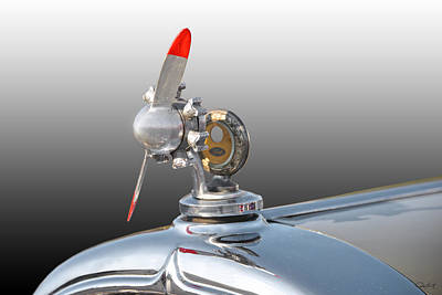 Automotive Art Series Wall Art - Photograph - 1932 Buick 96 S Coupe 'hood Ornament' by Dave Koontz
