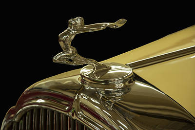 Digital Art - 1932 Buick Flying Lady Hood Ornament by Chris Flees