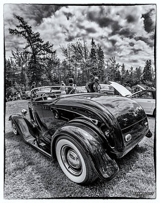 Photograph - 1932 Ford Deuce Roadster Hot Rod by Ken Morris