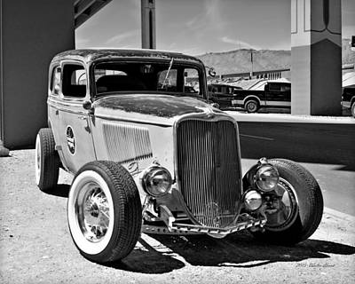 Photograph - 1933 Ford V8_1d by Walter Herrit