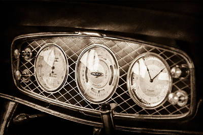 Lincoln Photograph - 1933 Lincoln Kb Judkins Coupe Dashboard Instrument Panel -0159s by Jill Reger