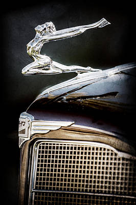 Buick Grill Photograph - 1934 Buick Series 96-c Convertible Coupe Hood Ornament - Emblem -0527ac by Jill Reger